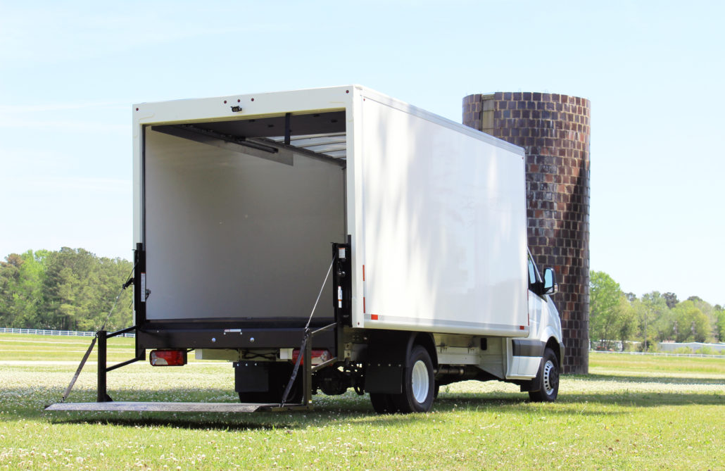 Box Truck with Lift Gate